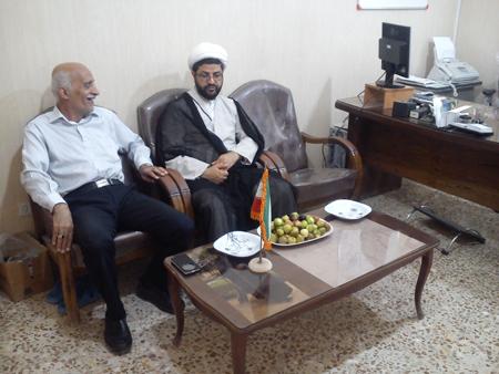 بازدید امام جمعه از اداره برق قهدریجان