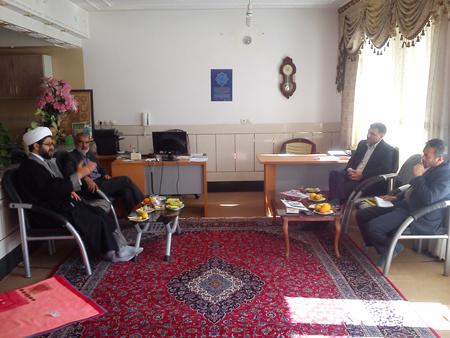 دیدار آقای آزادگی رئیس اداره اوقاف و امور خیریه فلاورجان با حاج آقا هاشمی
