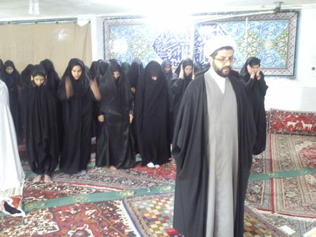 اقامه نماز و سخنرانی در هنرستان حضرت مریم (س) قهدریجان