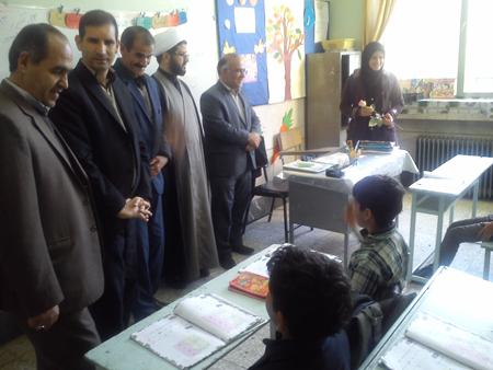 بازدید از مدرسه استثنایی اخلاص به مناسبت روز معلولین