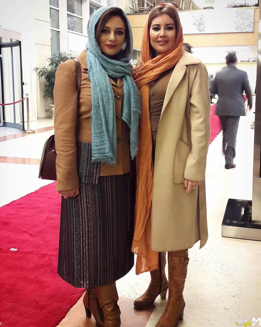 یکتا ناصر با خواهرش در افتتاحیه جشنواره 35 فیلم فجر