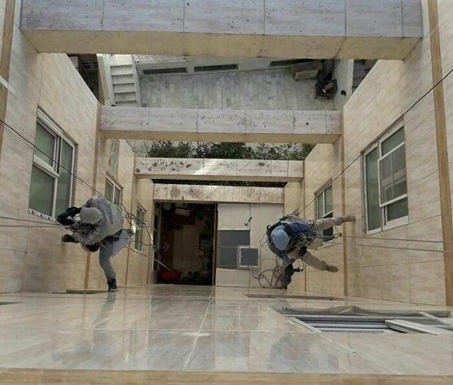 شرکت خدماتی نظافت پشت بام و نورگیر