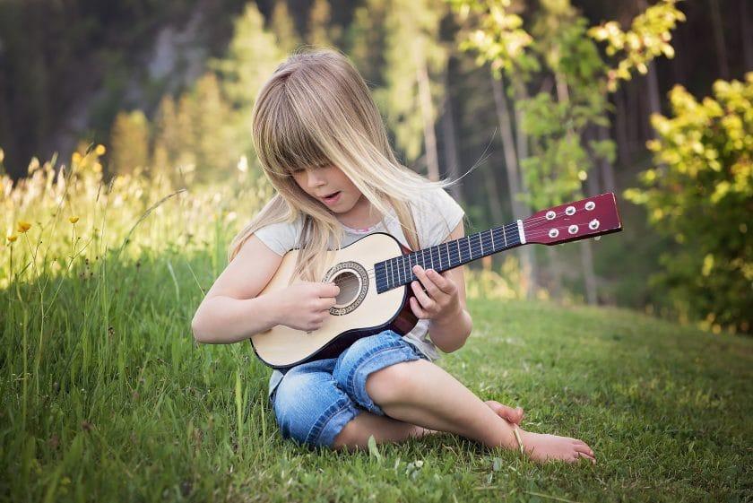 فواید موسیقی برای کودکان : تأثیر موسیقی بر رشد کودک