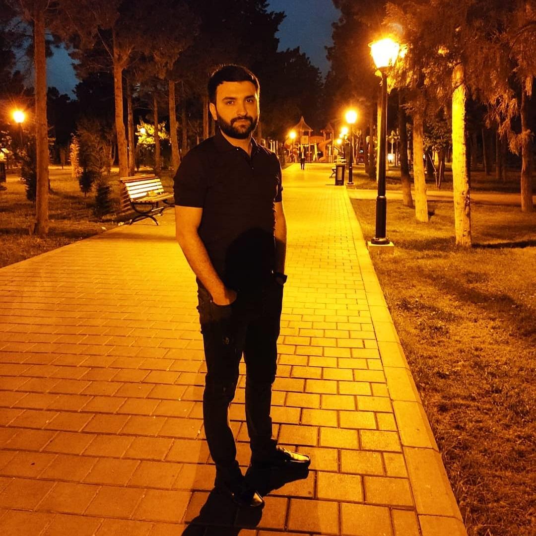 http://s5.picofile.com/file/8371551634/01Asif_Meherremov_Sen_Yoxsan.jpg